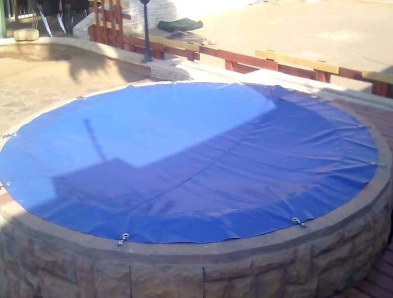 jacuzzi_covers_namibia001A