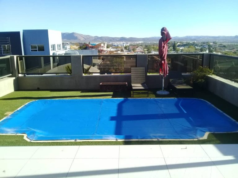 poolcovers_namibia_hook_in0012