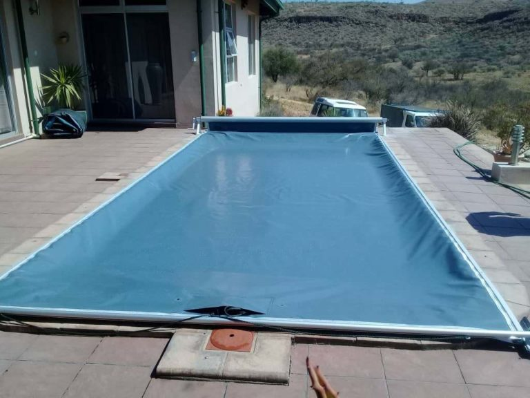 pool_covers_track_namibia037