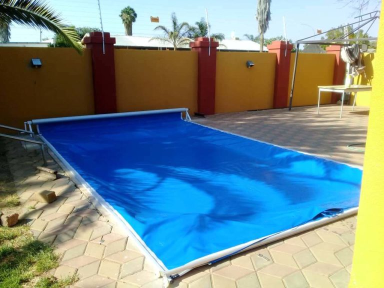 pool_covers_track_namibia039