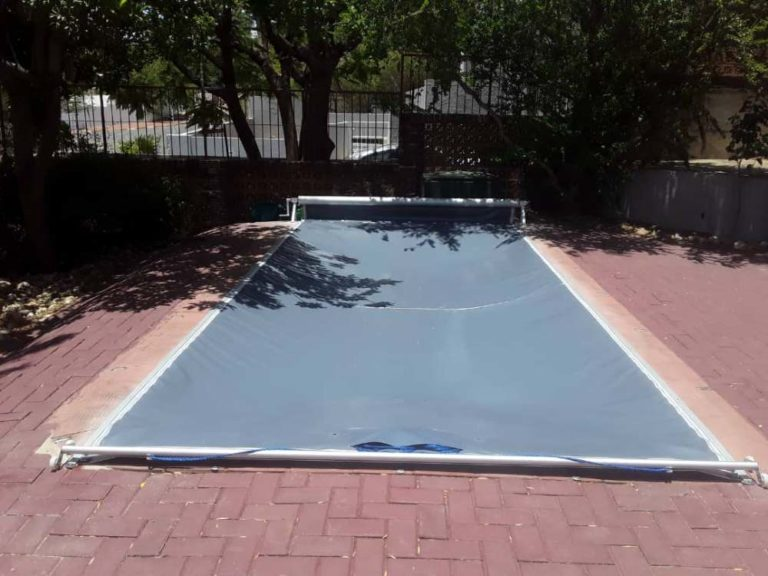 pool_covers_track_namibia043